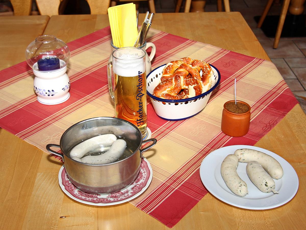 Gasthof zum Buchberger - Jeden Freitag: Weißwurstfrühstück